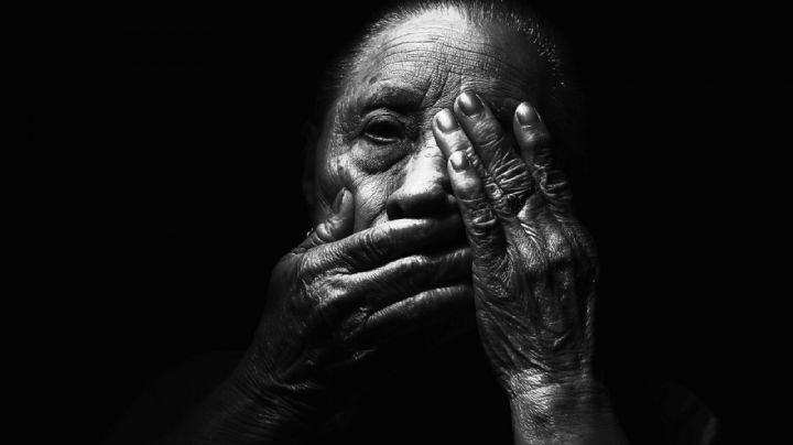 Horrible final: Un ladrón apuñala y descuartiza a una 'abuelita'; se llevó sus restos en una maleta