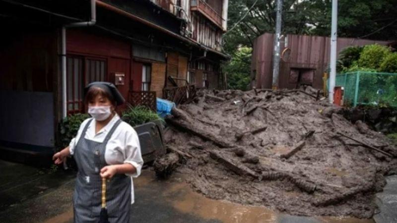 (VIDEO) Devastadoras lluvias inundan de lodo Japón; hay dos personas fallecidas