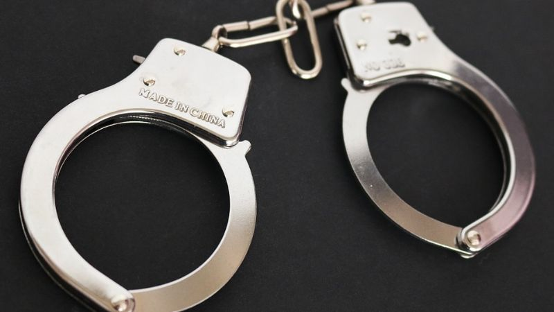 Detienen a sujeto por el delito de violación; ingresó por la fuerza a la casa de la víctima