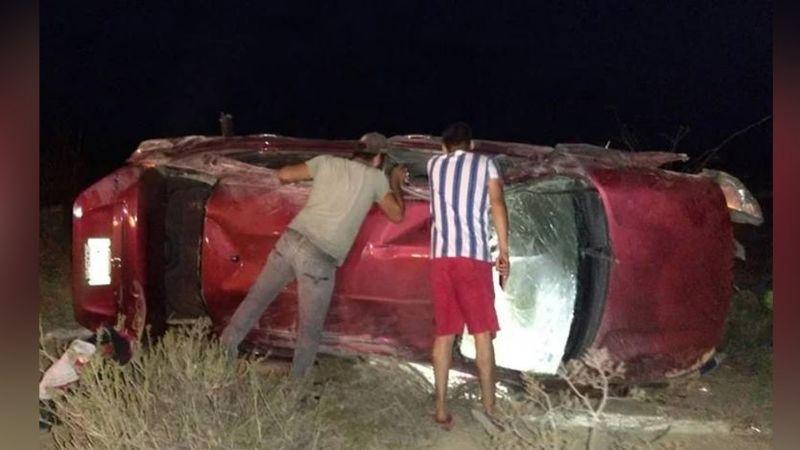 Trágica volcadura: KatiaJacqueline pierde la vida en carretera tras accidente; estaba embarazada