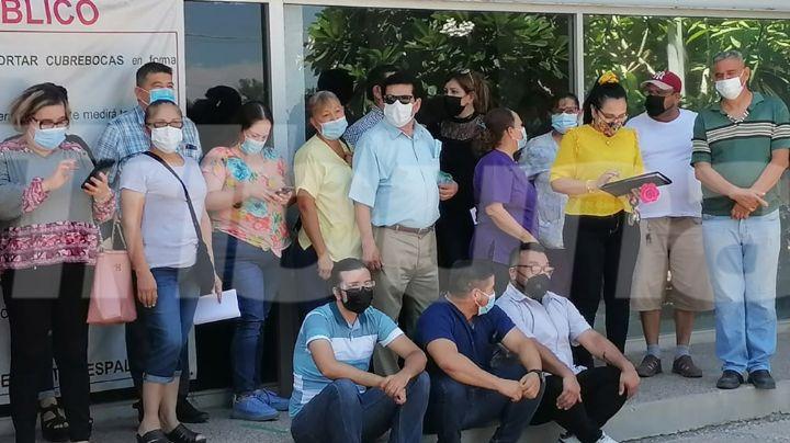 Cajeme: Empleados del Issste se manifiestan; piden destitución del director