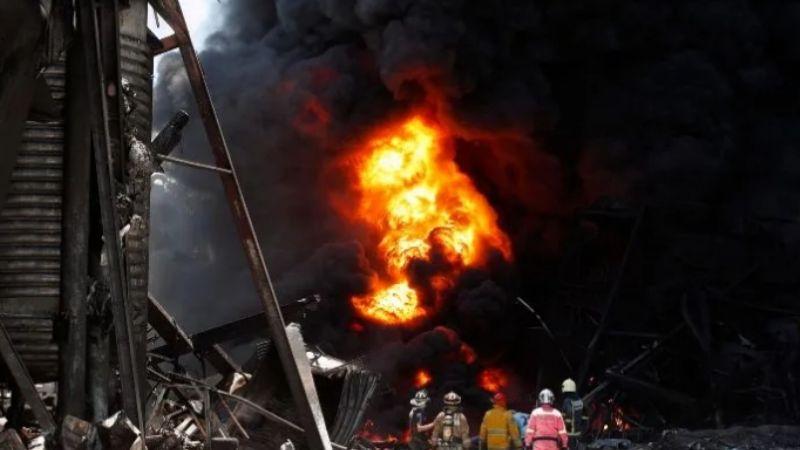 VIDEOS: Explota fábrica de productos químicos en Tailandia; hay 1 muerto y 26 lesionados