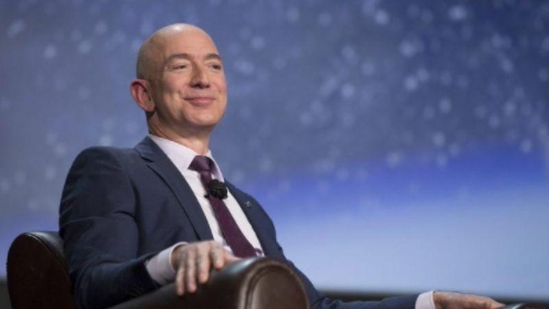 Tras 27 años de haber fundado Amazon, Jeff Bezos deja su cargo como CEO