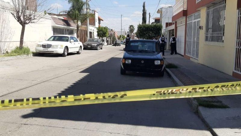 Pareja muere al ser acribillada en el estacionamiento de un negocio de autopartes en Zacatecas