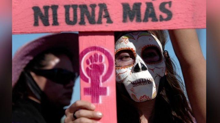 Feministas reclaman indiferencia de AMLO durante su visita a Sonora sobre el tema de violencia de género