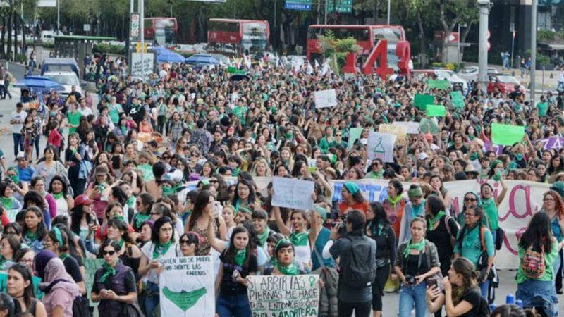 Por unanimidad, SCJN despenaliza el aborto en caso de violación en México
