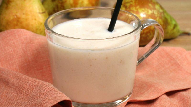 ¿Quieres un desayuno saludable? Este 'smothie' de pera te llenará de energía cada mañana