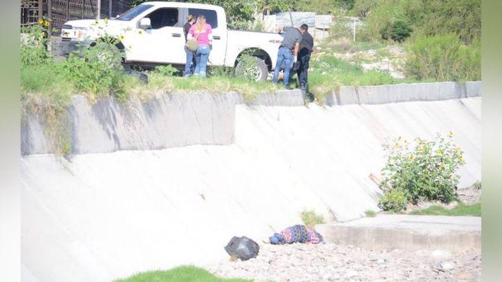 Macabro crimen: Autoridades encuentran un encobijado en arroyo de Chihuahua