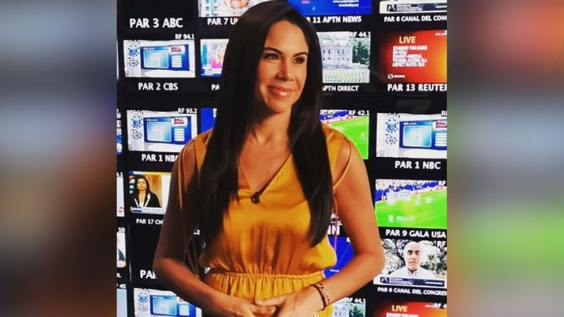 """Paola Rojas se despide de los foros con coqueto 'look' y deja sin aliento a todo Televisa: """"Ay Dios"""""""