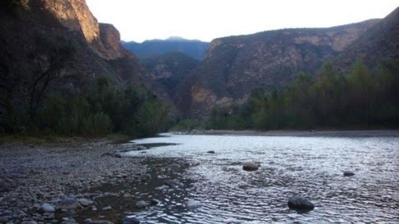 Extraen del río Higueras el cuerpo sin vida de un hombre otomí; tenía 40 años