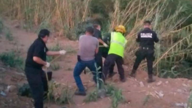 Recuperan el cuerpo sin vida de una mujer con lesiones; la hallaron entre matorrales