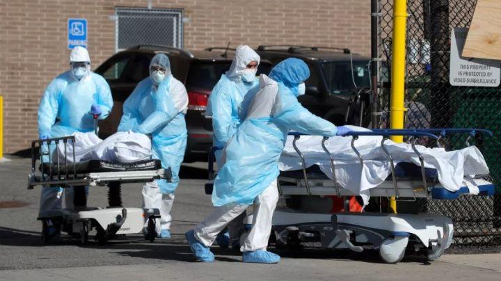 Pánico en EU: Experto de la NIH advierte que llegarían a los 200 mil casos diarios de Covid-19