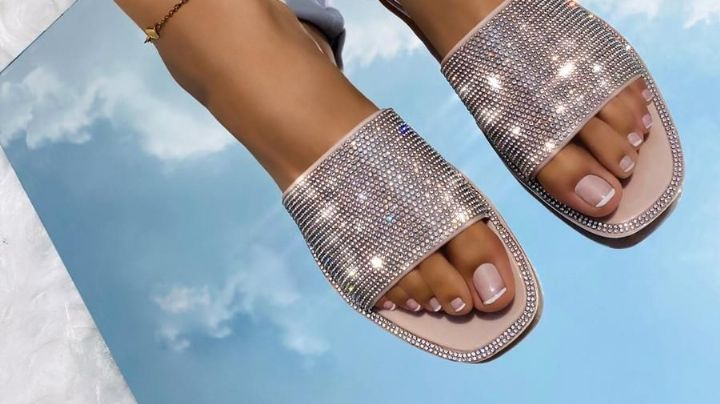 Verano 2021: Así puedes combinar tus sandalias playeras con tu 'outfit', sin morir en el intento