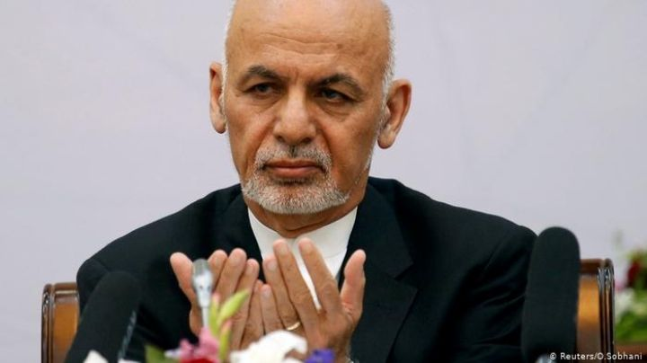 Ashraf Ghani, expresidente de Afganistán negocia su regreso al país ¿con los talibanes?