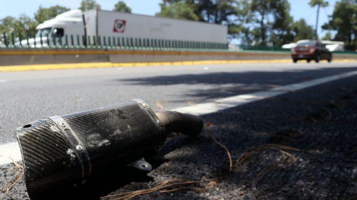 Otra tragedia en la México-Cuernavaca: Muere 'jovencito' tras colisionar en su motocicleta