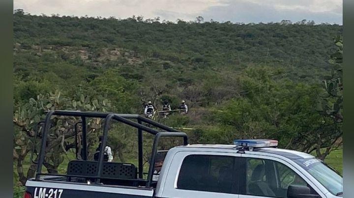 Violencia en Jalisco: A un costado de la carretera, hallan dos cuerpos; fueron baleados y torturados