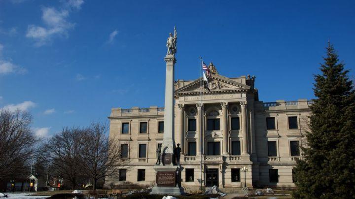 Terror en Illinois: Se registra un tiroteo cerca del Palacio de Justicia; hay dos víctimas hispanas
