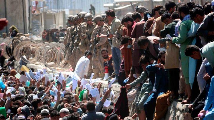 ¡El tiempo se acaba! Inglaterra y EU hacen los últimos esfuerzos para evacuar a la gente de Kabul