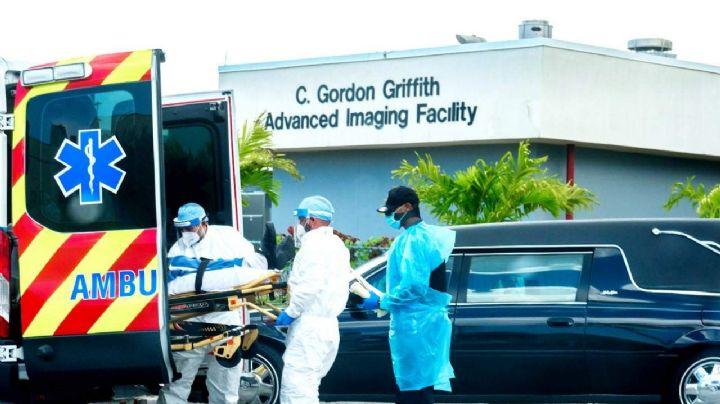 """Terror en EU: Médicos denuncian que """"no hay espacio para los cuerpos"""" de las víctimas del Covid"""