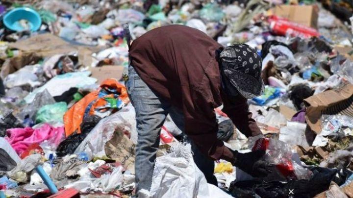 Argentina: Abandonan a bebé recién nacida en bote de basura; la encuentra pepenador