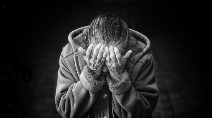 Arrestan a un hombre por atacar a una 'abuelita' de 80 años; abusó de ella y le quitó la vida