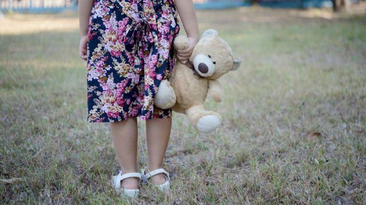 De pesadilla: Abusan de niña de 12 años y la matan; la hallan maniatada y colgada de un árbol