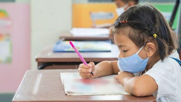 Padres de familia exigen vacuna Covid-19 para menores para regreso a clases