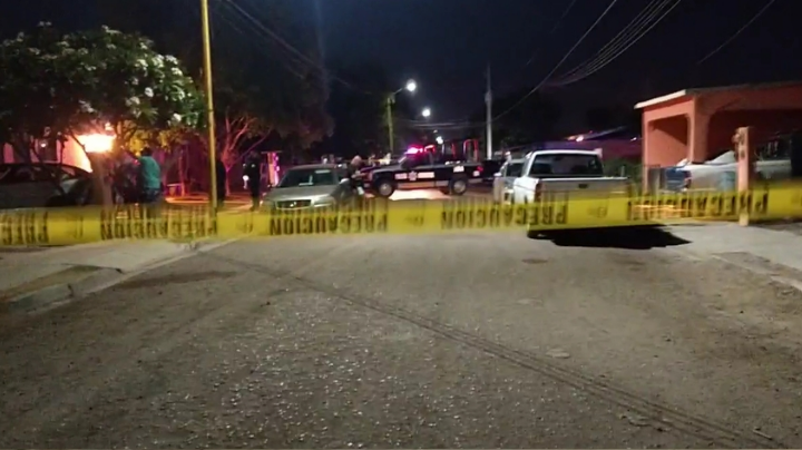 Pánico en Ciudad Obregón: En plena madrugada, fuego cruzado deja heridos y una víctima letal