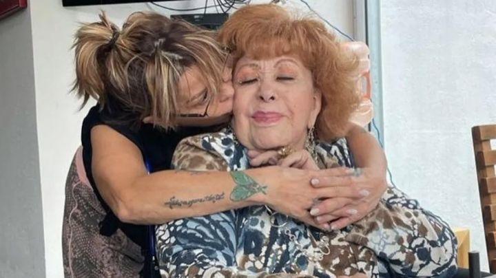 Alejandra Guzmán presume a Silvia Pinal en su cumpleaños 90 y causa furor en Instagram