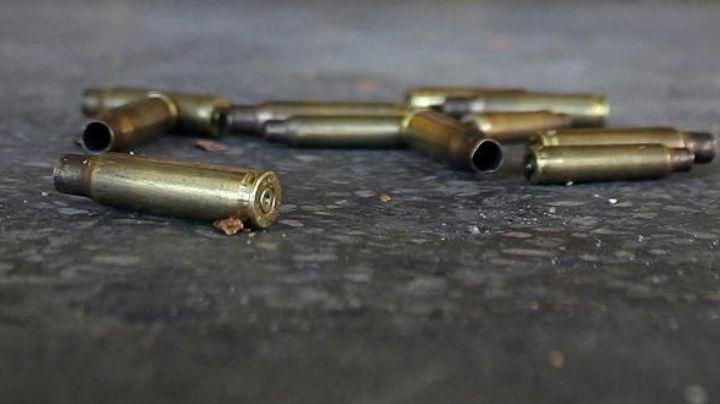A sangre fría: En plena calle de Guaymas, abandonan un cuerpo sin vida acribillado