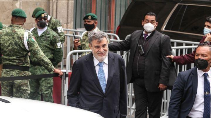 """(VIDEO) Así se despidió Julio Scherer del gabinete de AMLO: """"Se pudo hacer un trabajo bueno"""""""