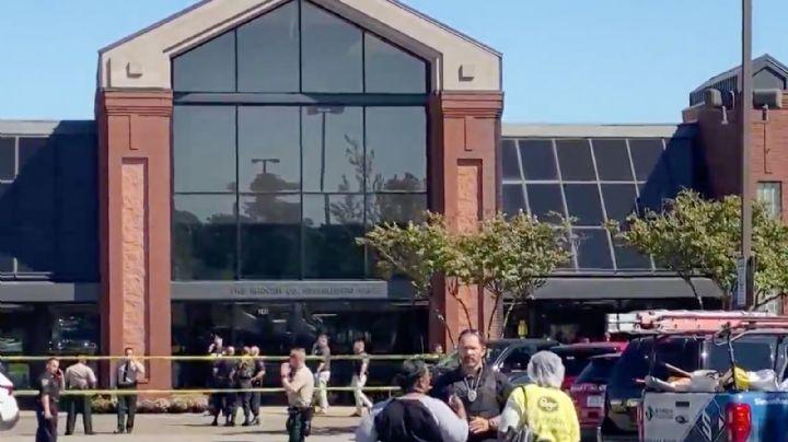 ¡Atroz crimen! Se registra un tiroteo en un supermercado; deja 12 heridos y una víctima mortal