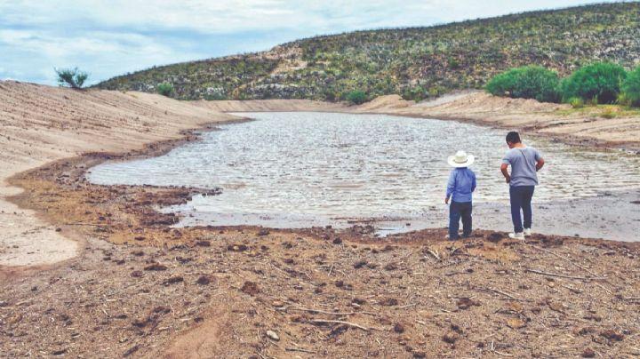 La visita de AMLO a Vícam: Promete un acueducto, en medio de la brutal escasez de agua