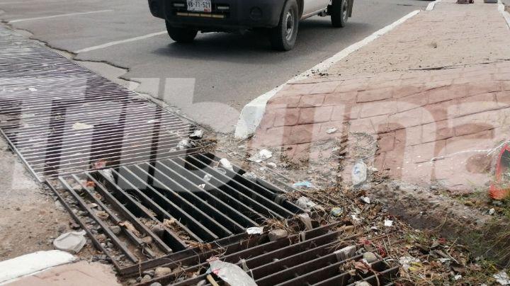 ¡Alarmante! Alcantarillas tapadas ocasionan graves inundaciones en calles de Hermosillo